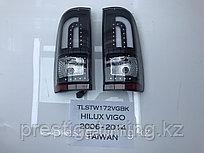 Задние фонари на Toyota Holux 2005-15 Smoke color