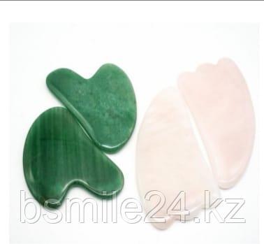Скребок Гуаша для лица нефрит, розовый кварц