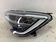 Фара левая Renault 260605885R