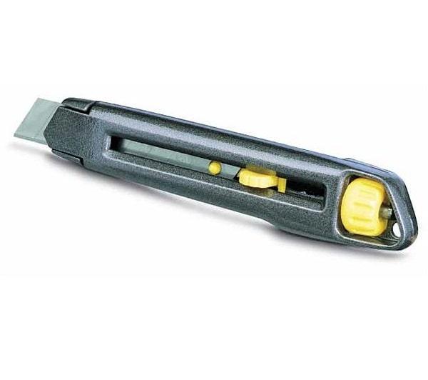 Нож Stanley Interlock с выдвижным сегментным лезвием  18 мм 165 мм 0-10-018 (STANLEY, 0-10-018, НОЖ