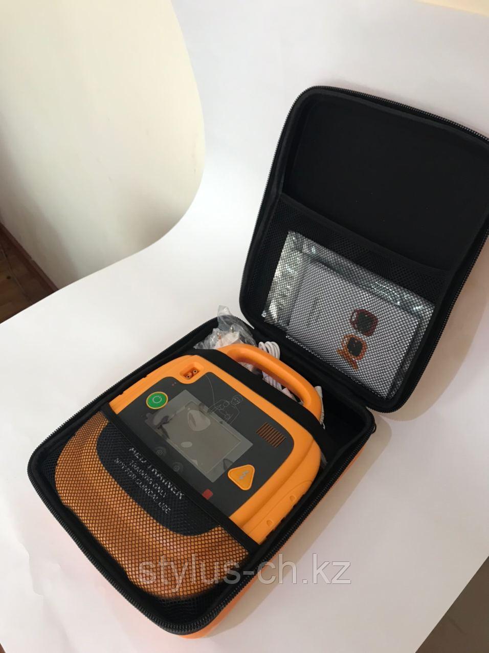 Дефибриллятор Учебный, AED, для обучения и тренировок с электродами, со сценариями