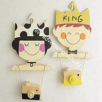 Детская деревянная мультяшная вешалка детская для одежды принца и принцессы 2шт