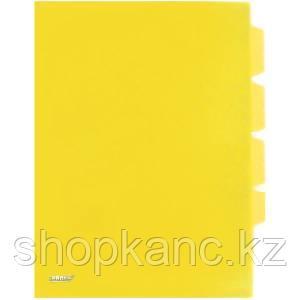 Папка-уголок A4 с тремя отделениями прозрачная желтая 0.18 мм.