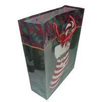 Новогодний подарочный пакет, пластик с изображением рождественский носок, размер: 28,5x37x10 см.