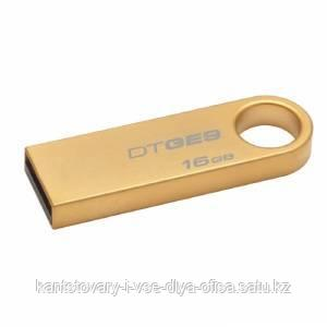 USB Флеш-драйв Kingston, 16GB, Data Traveler SE9, золото.