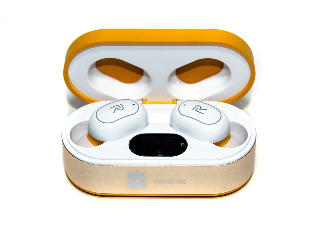 Bluetooth гарнитура Realme TWS Z7, стереозвук, бокс с аккумулятором, цвет оранжевый