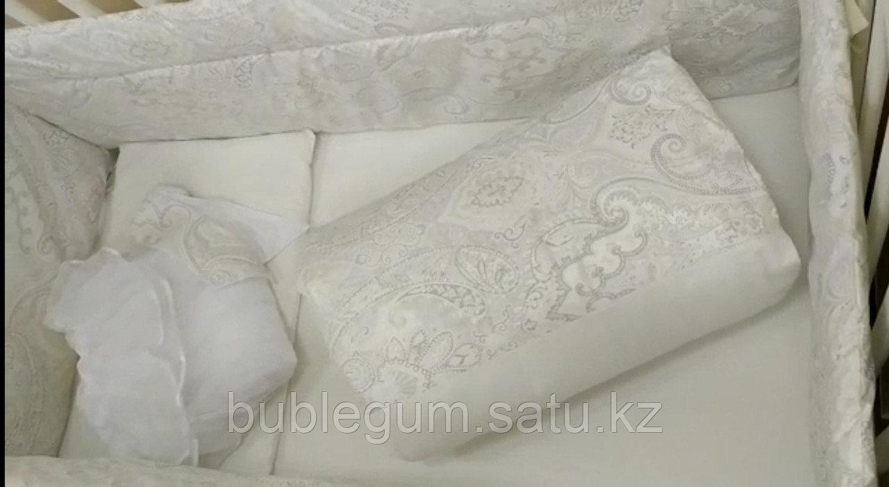 Комплекты постельного белья благородного цвета ЗОЛОТО и СЕРЕБРО для классических кроватей