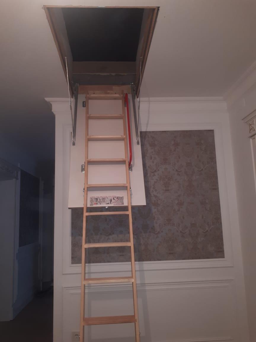 Монтаж/установка чердачных лестниц  фирмы FAKRO тел. Whats Upp. 87472391137