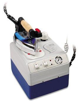 Парогенератор с утюгом Silter Super mini 2035-3,5 литра С дополнительной насадкой  для деликатных тканей.