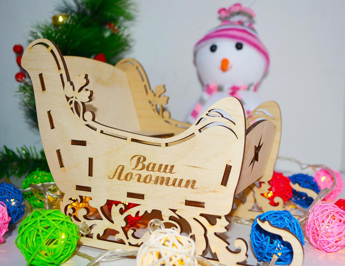 """Подарочная коробка """"Волшебные сани"""" (деревянные)"""
