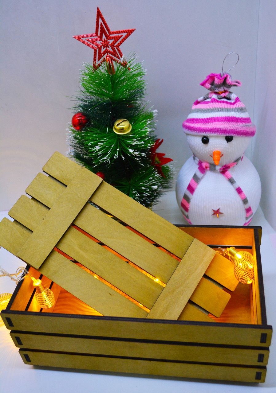 Подарочная коробка из реек