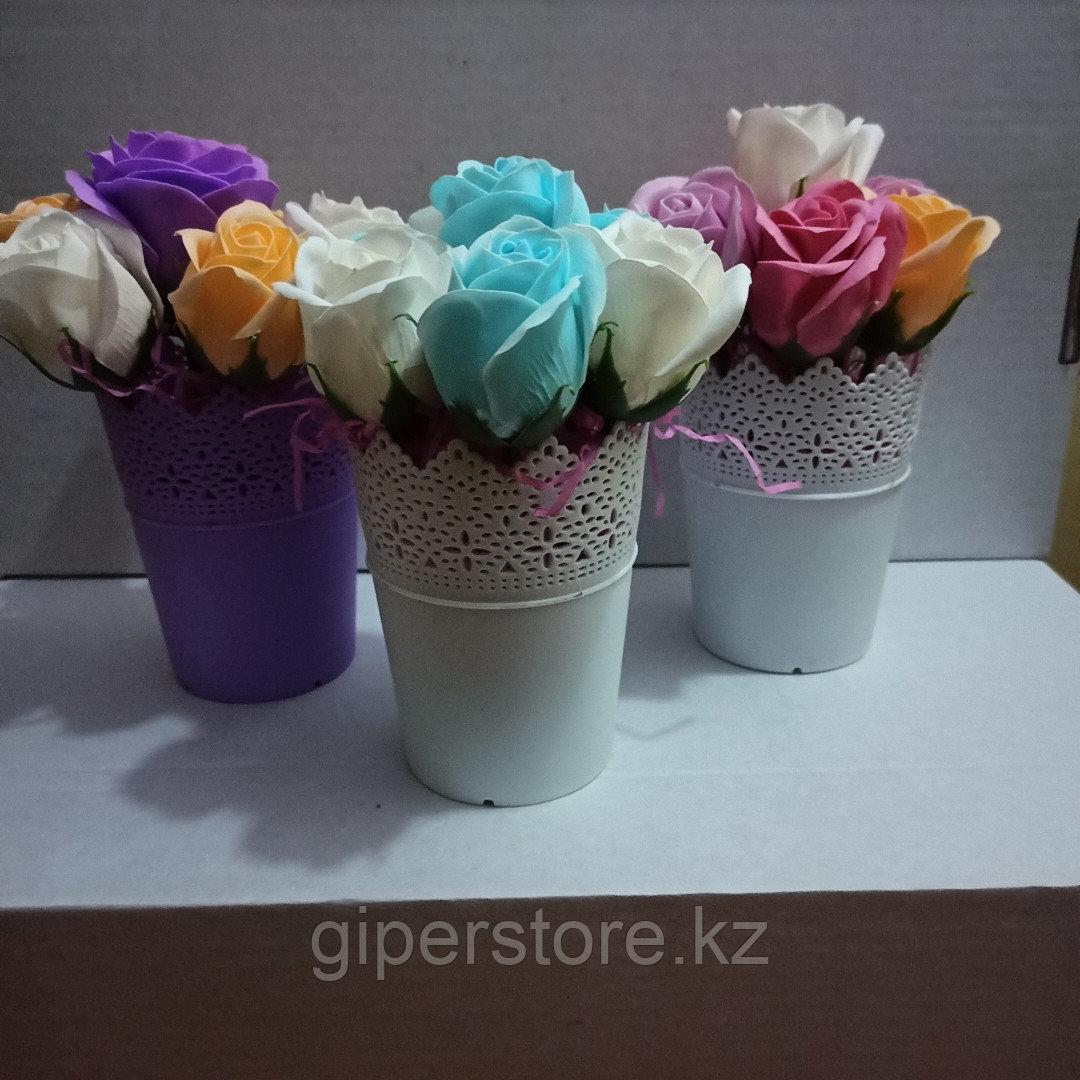 Бюджетный букет мыльных роз