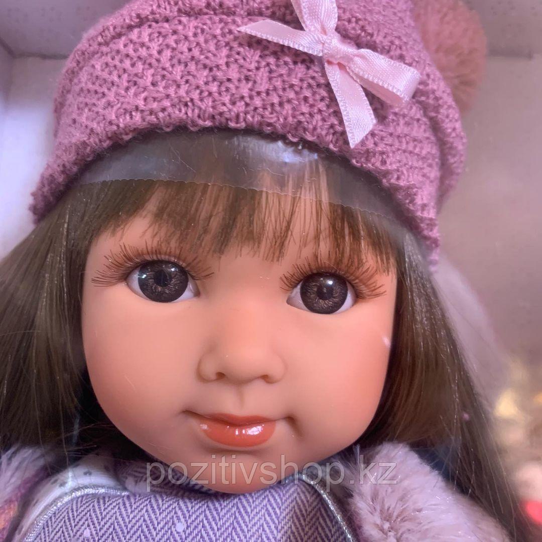 Кукла Llorens Сара 35 см. брюнетка в меховом жилете - фото 1