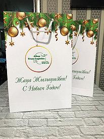Новогодние пакеты на заказ