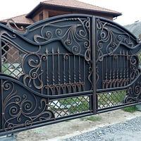 Ворота и перила кованые на заказ в Алма -Ате.