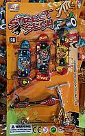 Игрушечный набор для пальцев: фингерсамокат, фингерборд, гироскутер, ролики (набор из 4 штук)