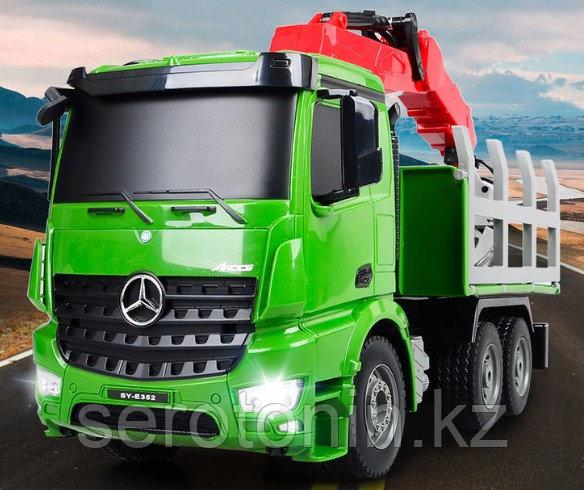 Игрушка лесовоз Mercedes-Benz
