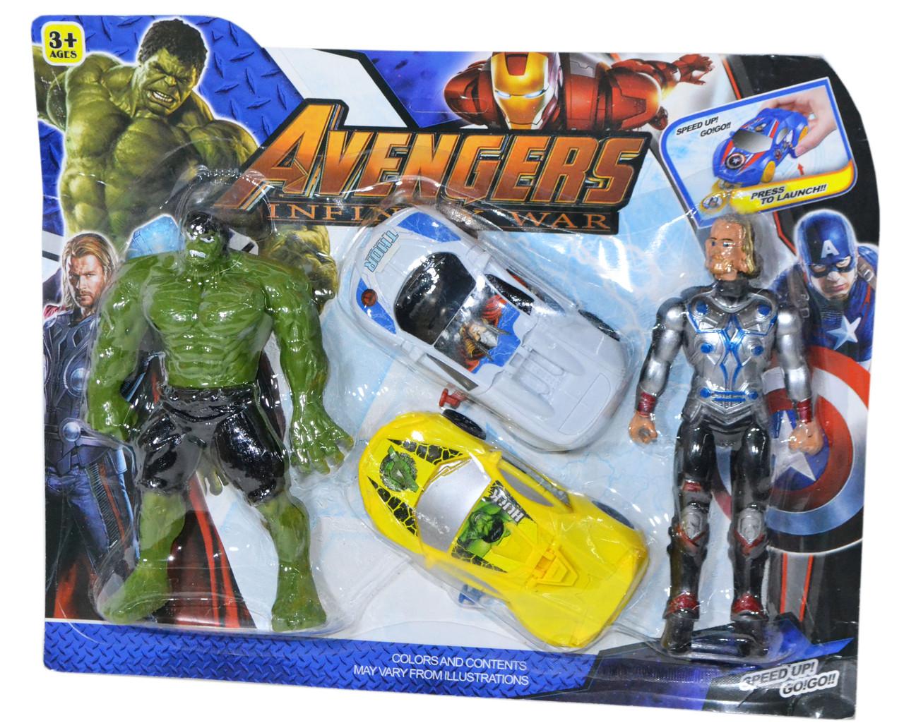 900-83 AVENGERS Мстители 2 героя и 2 машинки стреляет фишками на картоне 31*25см