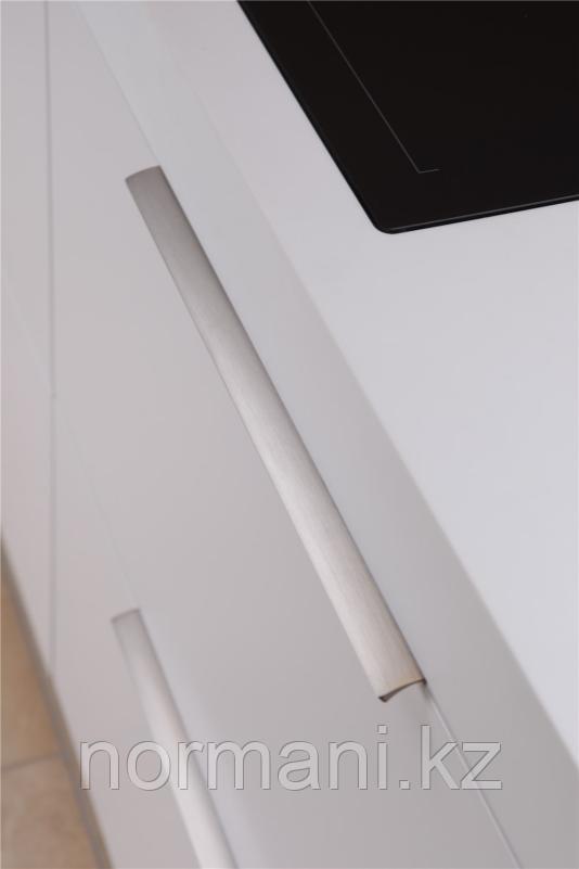 Ручка профиль накладная L.350мм, отделка сталь шлифованная