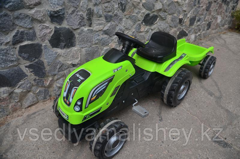 Трактор педальный Smoby XL с прицепом, зеленый - фото 1