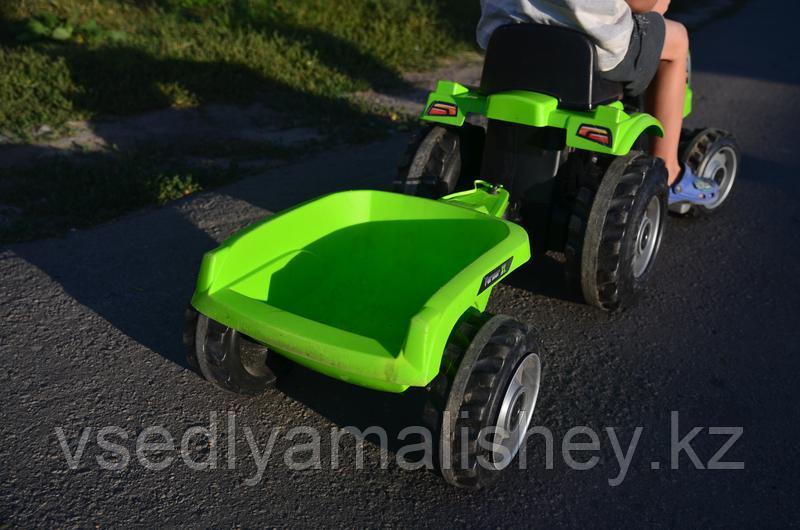 Трактор педальный Smoby XL с прицепом, зеленый - фото 5