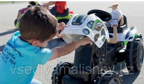 Трактор педальный Smoby XL с прицепом, Коровка - фото 6