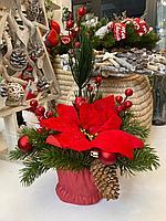 Новогодние украшения, асс цветов и материалов , композиции в керамических кашпо