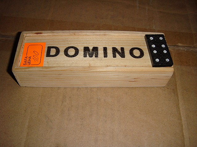 Игрушки Домино