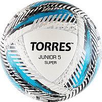 """Мяч футб. """"TORRES Junior-5 Super""""арт.F319205, р.5, вес 350-370 г, ПУ,2 сл,16 п, гиб.сш,бел-гол-сер"""