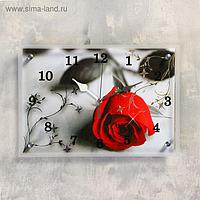 """Часы настенные, серия: Цветы, """"Красная роза на сером"""", 25х35 см, микс"""