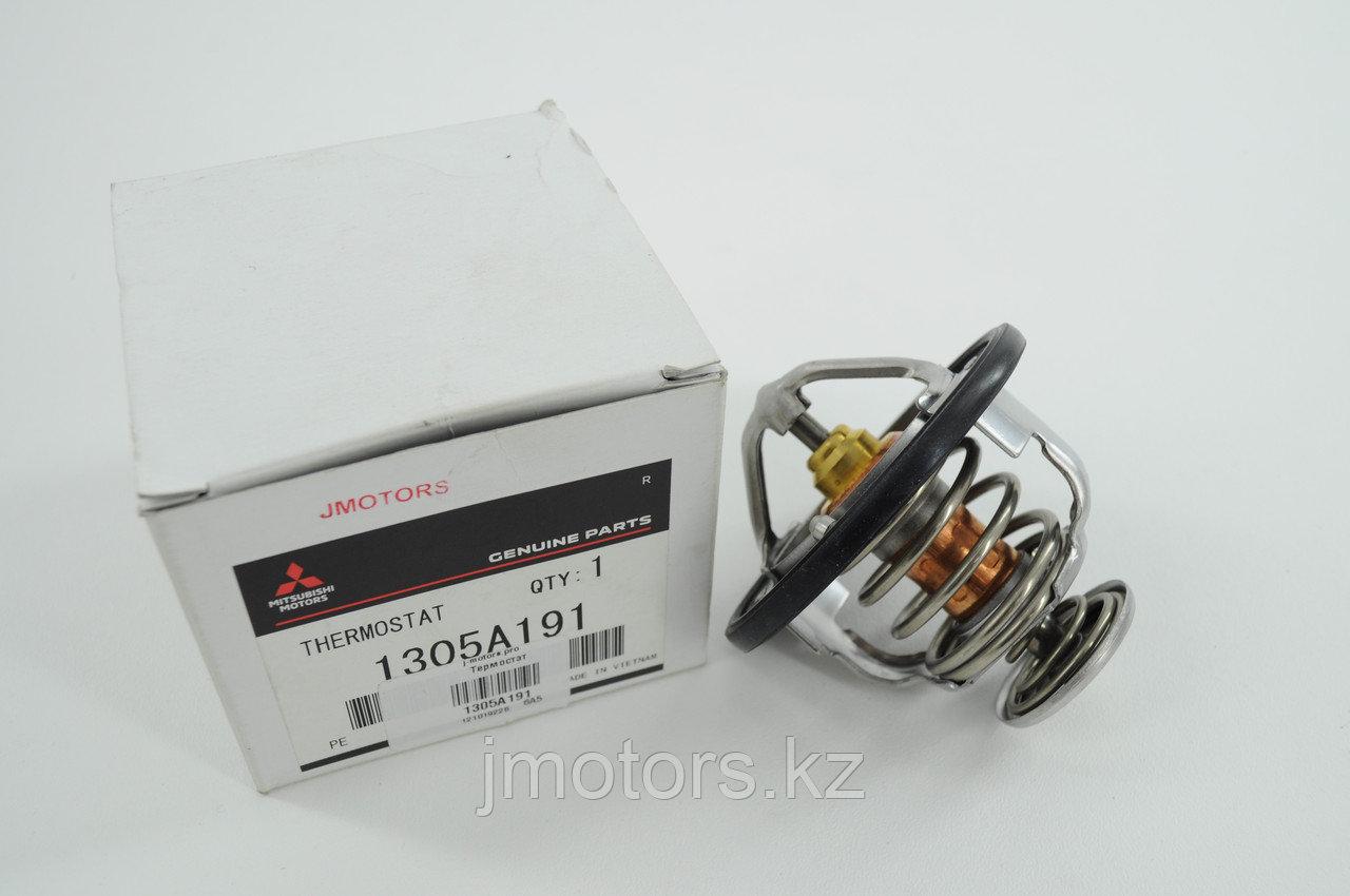 Термостат 1305A191 82c MD174233 V73W V93W KB4T CW6W