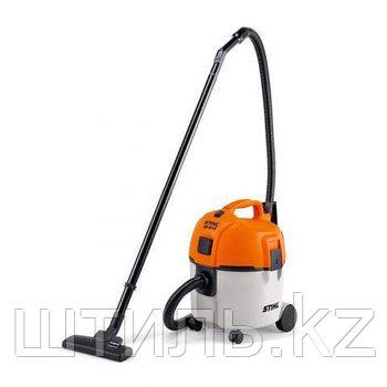 Пылесос STIHL SE 61 E (1,3 кВт | 20 л) с розеткой для электроинструмента