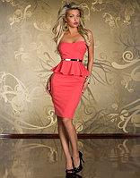 Розовое платье-баска,миди,без бретелек с чашками