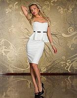 Белое платье-баска,миди,без бретелек с чашками