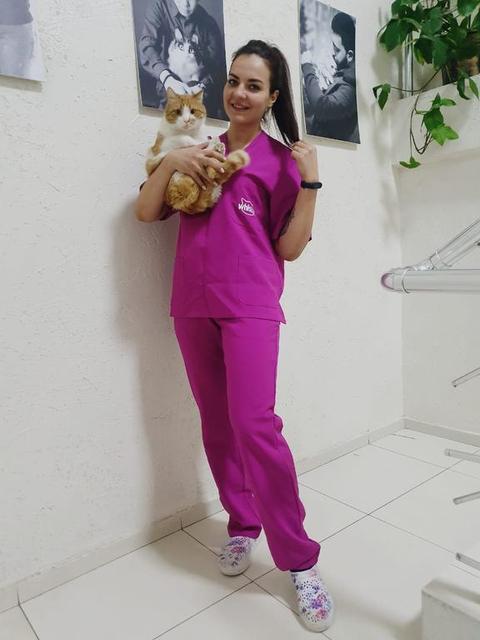 Карпецова Анастасия (ассистент ветеринарного врача) -1
