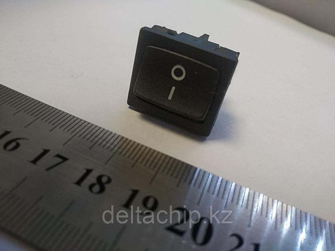 Клавиша 2 положения с фиксацией 5А 4 контакта