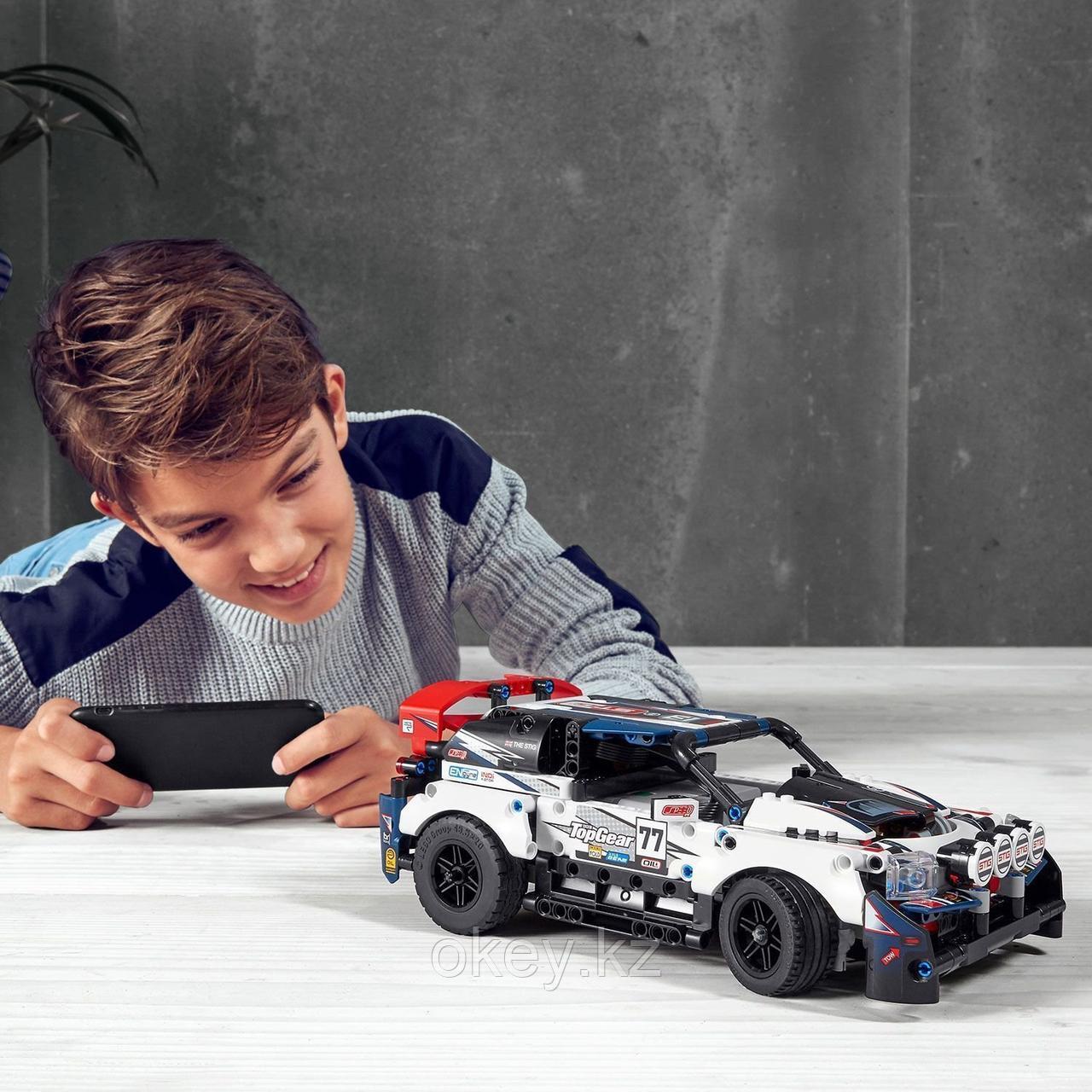 LEGO Technic: Гоночный автомобиль Top Gear 42109 - фото 4