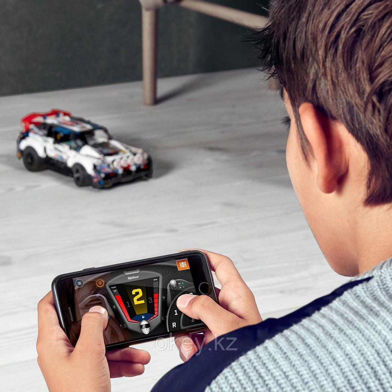 LEGO Technic: Гоночный автомобиль Top Gear 42109 - фото 6