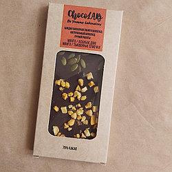 Натуральный шоколад без сахара. Манго и тыквенные семечки