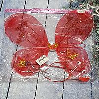 Красные крылья бабочки с палочкой и ободком