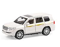 """Металлическая машинка """"Toyota Land Cruiser 200"""