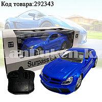 Машинка радиоуправляемая на батарейках спортивная со световым эффектом Surpass car 1:18