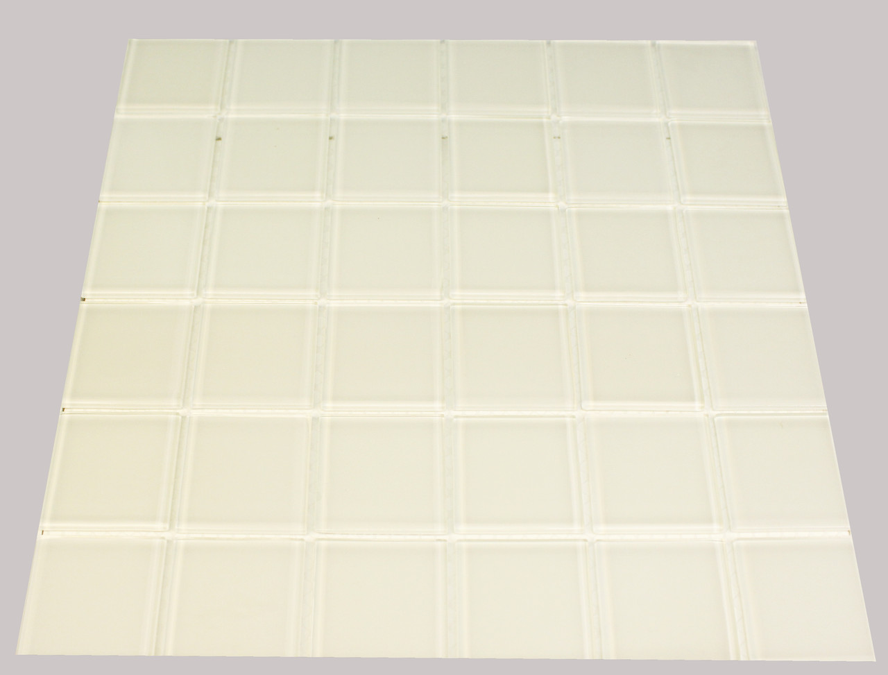 Крупная стеклянная мозаика белый квадрат