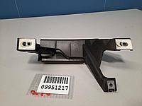 8200470829 Направляющая стекла передней левой двери для Renault Clio 3 2005-2012 Б/У