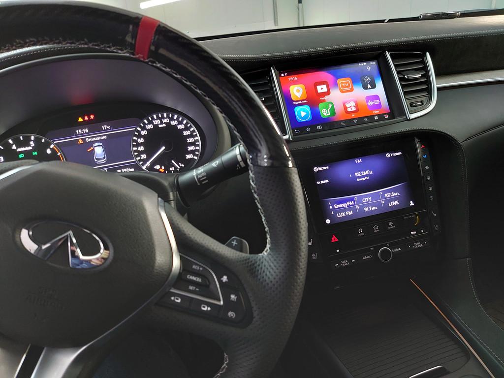 Все штатные функции работают в заводском режиме. Переключение на систему Android происходит путем нажатия и удерживания штатной кнопки на мульти руле