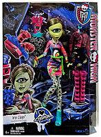 Кукла Монстер Хай Айрис Клопс, Monster High Iris Clops, фото 1