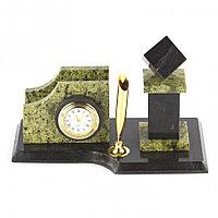 """Визитница с часами """"Кубик"""" камень змеевик"""