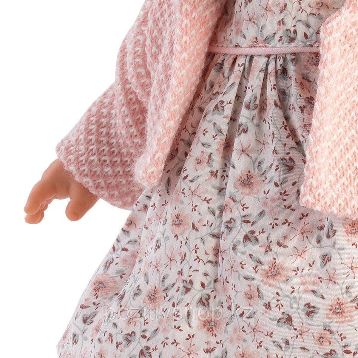 Кукла Llorens Роберта 33 см. блондинка в светло-розовом жакете - фото 4