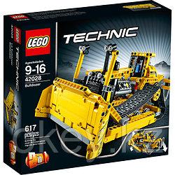 LEGO Technic: Бульдозер 42028