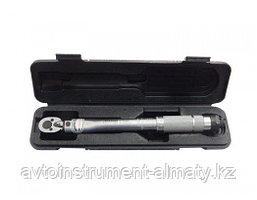"Partner Ключ динамометрический  щелчкового типа 28-210Нм 1/2"", в пластиковом футляре Partner PA-6474470T 48145"